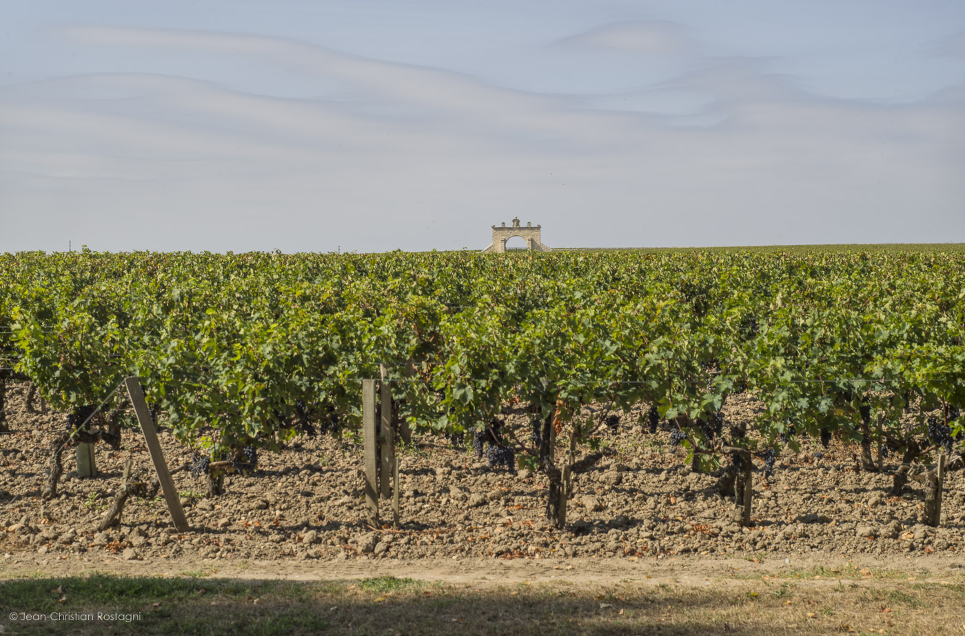 chateau d'issan, medoc, margaux