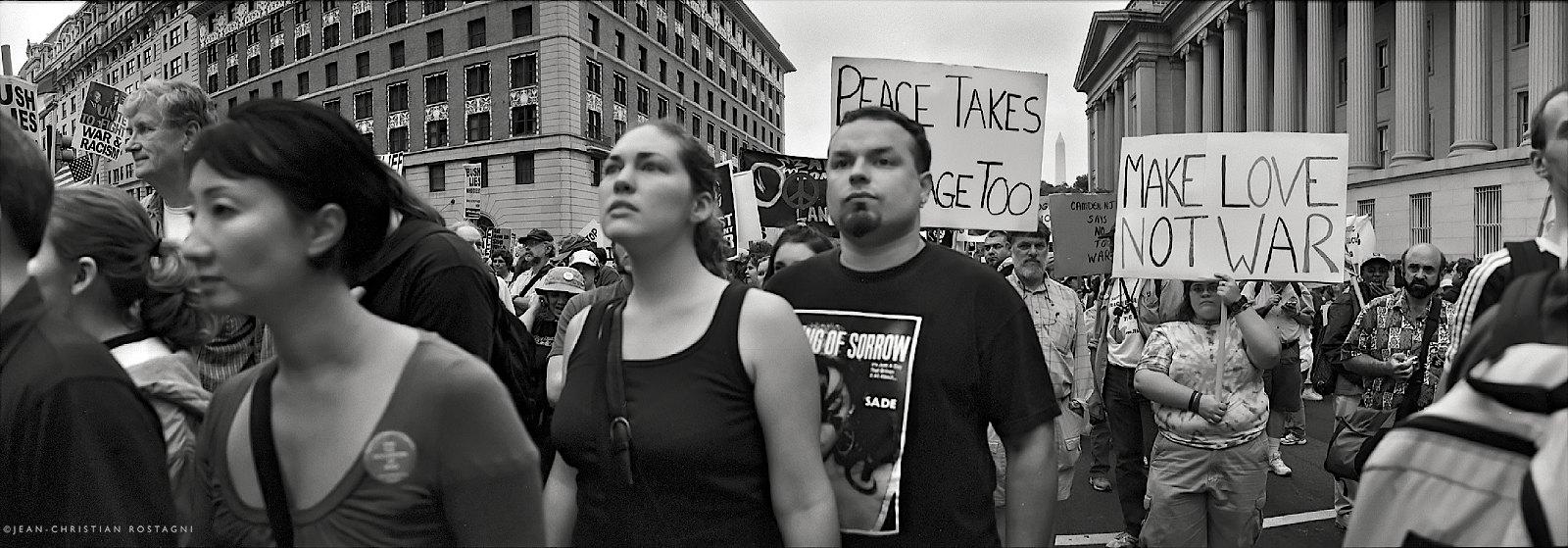 Make Love not War, protest